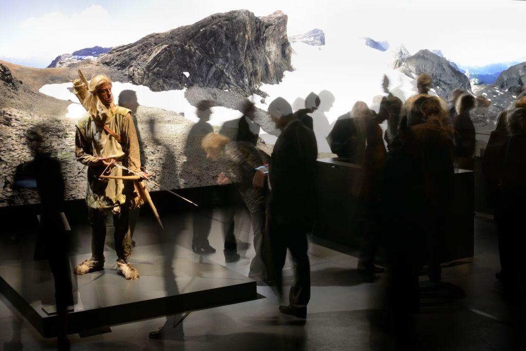 Pfahlbauer Schindi in der aktuellen Ausstellung - Fotocredit © Bernisches Historisches Museum