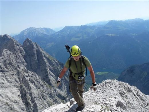 Unterwegs... Watzmann-Ostwand - Fotocredit: Real Adventure und via-ferrata.de