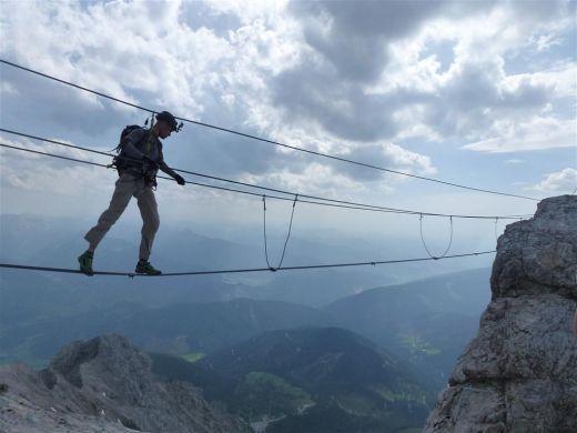 Klettersteige wie hier der Koppenkarstein-Klettersteig wurden vom Team gefilmt - Fotocredit: Real Adventure und via-ferrata.de